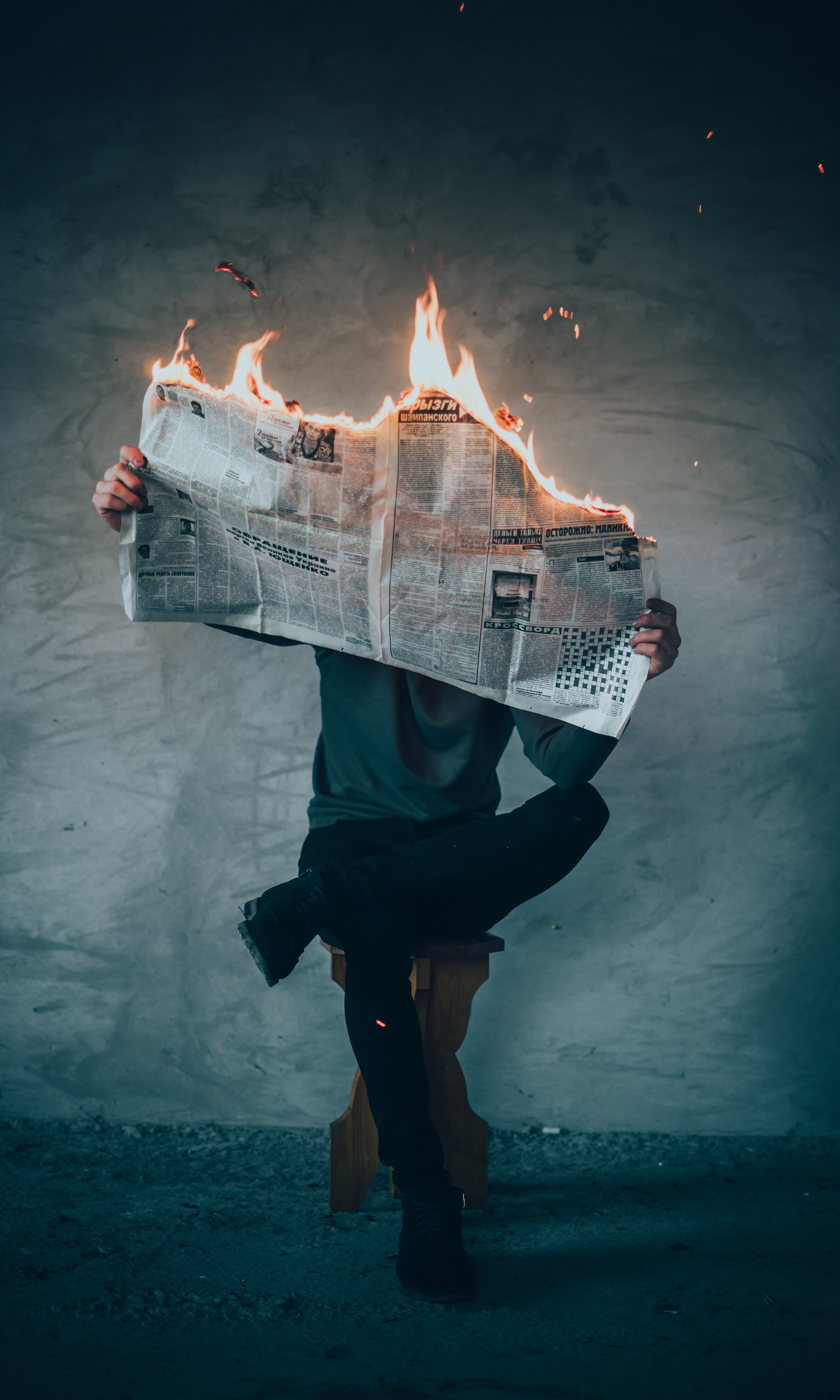 HR in Crisis: Learning from the Headlines